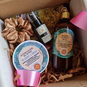 caja cabello, sahmpoo + acondicionador + serum + scrunchie